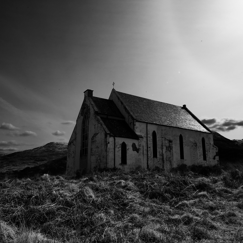 abandoned_church